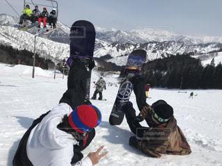 空,冬,雪,白,雪山,スキー,スノボー,遊び,友達,ウィンタースポーツ,ボード,ボード仲間