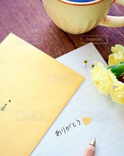 黄色,手紙,幸せ,カーネーション,ありがとう,想い,言葉,感謝,フォトジェニック,気持ち,伝える