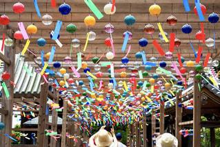 風鈴祭りを楽しむの写真・画像素材[2398573]