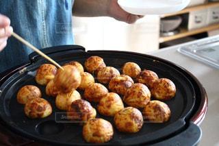食べ物を作る人の写真・画像素材[3177595]