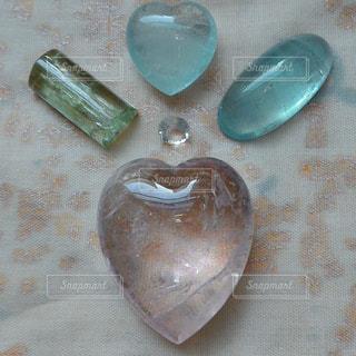 ピンク,爽やか,ハート,ブルー,石,明るい,宝石,天然石,淡い,クリスタル,配置