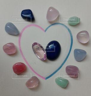 ピンク,カラフル,ハート,ブルー,石,ラブ,宝石,天然石,クリスタル,色鉛筆画,配置,多色