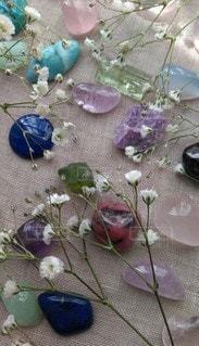 花,かすみ草,カラフル,可愛い,石,天然石,クリスタル,ファンシー,多色