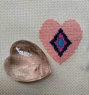 石刺繍、石の心の写真・画像素材[2373911]