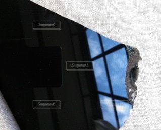 青空,黒,反射,鏡,天然石,ストーン,クリスタル,ブラック,黒コーデ,黒曜石,オブシディアン