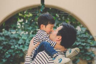 親子でチュ〜♡の写真・画像素材[1250991]