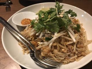 タイ料理の定番パッタイの写真・画像素材[1645972]