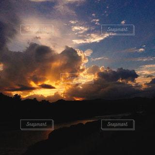 夕立後の空の写真・画像素材[1290863]