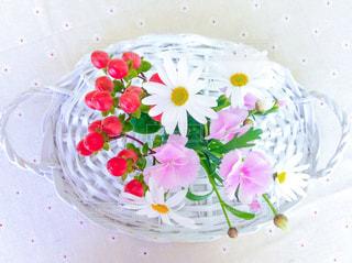 テーブルの上の花 - No.1054385
