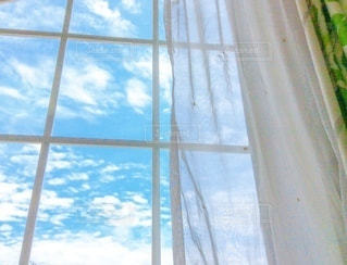 窓からの景色の写真・画像素材[3315271]