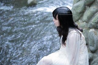 川とわたしの写真・画像素材[1461493]