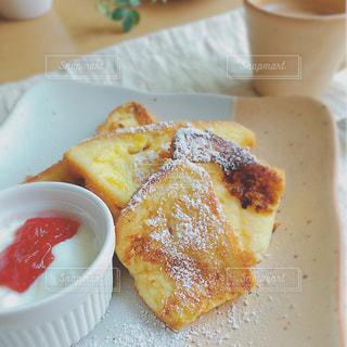 朝ごはんの写真・画像素材[1145060]