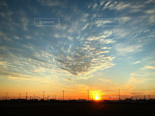 空,夕日,太陽,雲,鉄塔,シルエット,オレンジ,夕陽,栃木県,コンテスト,染まる