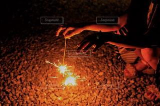 線香花火の写真・画像素材[1311717]