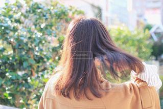 冬のいい髪おでかけの写真・画像素材[1610347]