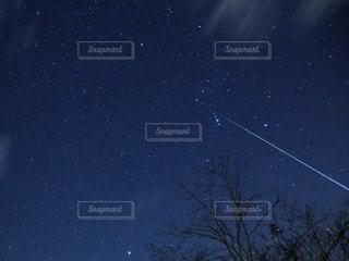 流れ星の写真・画像素材[1860538]