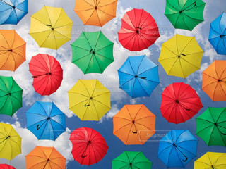 カラフル傘の写真・画像素材[2232900]