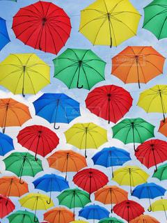カラフル傘の写真・画像素材[2232908]