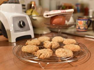焼きあがったホームメイドクッキーの写真・画像素材[1036546]