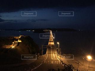 夜の街の景色の写真・画像素材[1036667]