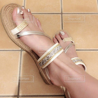 人物,春夏,春コーデ,foot nail,sandals,tongs