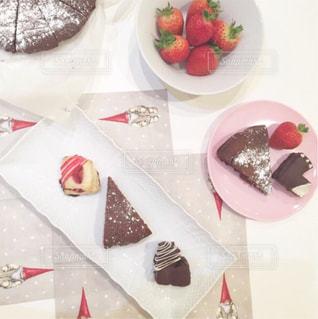 皿の上のケーキ各種の写真・画像素材[1128355]