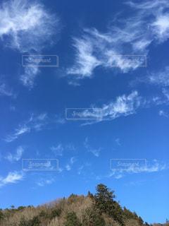 山の上の青空の写真・画像素材[1107995]