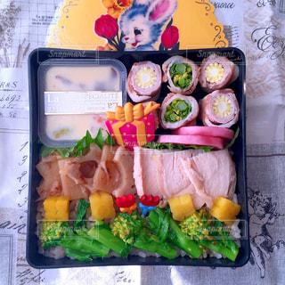 お弁当 肉巻き 春の写真・画像素材[1052265]