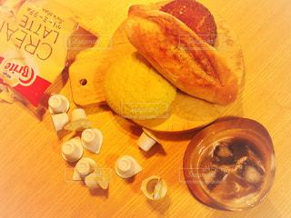 パンにはコーヒーの写真・画像素材[1246938]