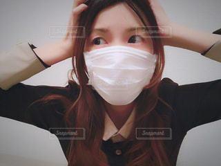 マスク女子の写真・画像素材[1061252]