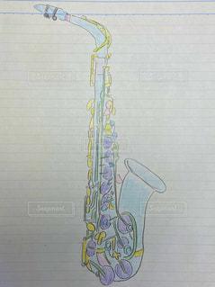 カラフル,ペン,楽器,パステル,色鉛筆,サックス,紙,おえかき,暇つぶし,色塗り,おうち時間