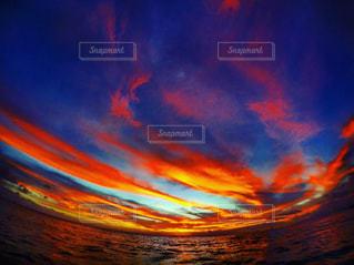 風景,海,空,屋外,雲,青空,夕焼け,夕暮れ,観光,旅行,ハワイ,町,ワイキキ,フォトジェニック