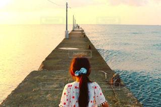 自然,風景,海,空,夕日,屋外,湖,ビーチ,夕焼け,水面,海岸,水辺,子供,日没,桟橋,横須賀,サンセット,神奈川