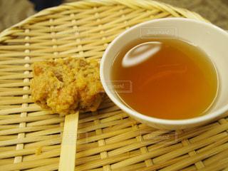 揚げもみじ饅頭とほうじ茶の写真・画像素材[1058746]