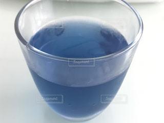 青いお茶の写真・画像素材[1082224]
