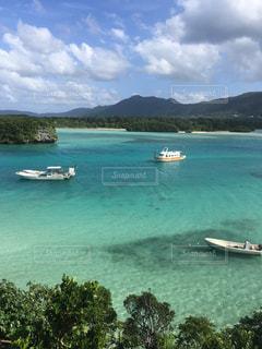 綺麗な川平湾の写真・画像素材[1053465]