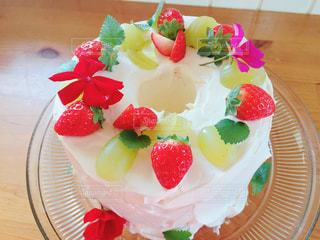 花,ケーキ,いちご,シフォンケーキ