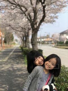 桜並木,笑顔,姉妹,ひょっこりはん