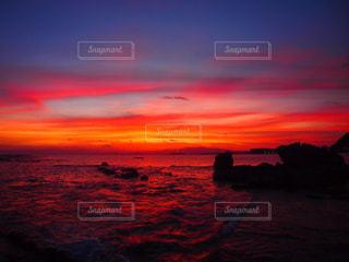 海,空,夕日,ピンク,ビーチ,カラフル,夕焼け,海岸,浜辺,湘南,サンセット,一色海岸,ピンク色,桃色,三浦半島,黄昏時,小磯の鼻,安らげる場所