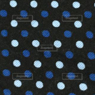 青系の水玉の写真・画像素材[1097445]