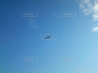 空と飛行機の写真・画像素材[1096605]
