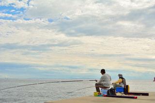 釣り師の夕時の写真・画像素材[2328762]