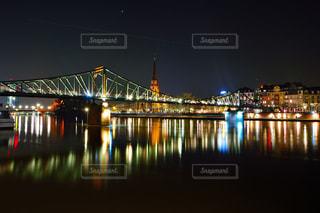 水域に架かる橋の写真・画像素材[2328765]