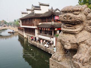 中国上海のプチ水郷「七宝老街」の写真・画像素材[1818663]