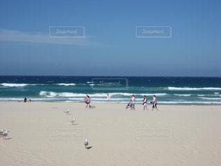 海,海水浴,ビーチ,波,旅行,オーストラリア,海外旅行,海水浴場,サーファーズパラダイス,ゴールドコースト,サーファーズパラダイスビーチ