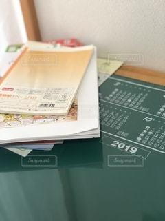 子供,テーブル,机,書類,カレンダー,勉強,紙,勉強机,卓上,データ