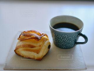 クローズ アップ食べ物の皿とコーヒー カップ - No.937326
