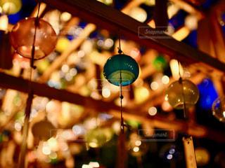 風鈴と夜風の写真・画像素材[1369895]