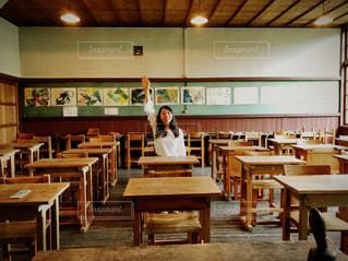 ダイニング ルームのテーブルの写真・画像素材[1257301]
