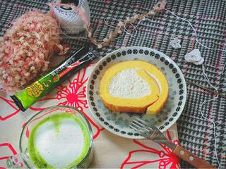 ネスカフェと編み物の写真・画像素材[1290652]